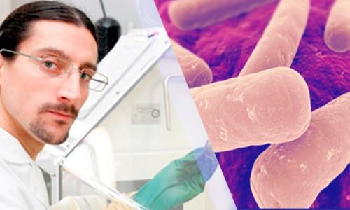 "Entrevista al Dr. Daniel Paredes-Sabja ""Clostridium difficile: Un desafío constante"""