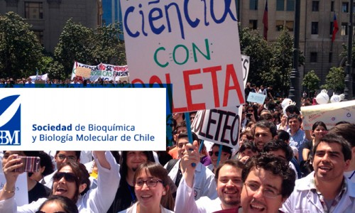 Sociedad de Bioquímica y Biología Molecular participando de la manifestación
