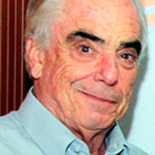 """Entrevista A Dr. Eugenio Spencer: """"La Ciencia Es Mi Pasión"""""""