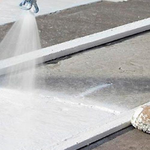 Egresadas de Química transforman plumavit en pintura para calles y fachadas