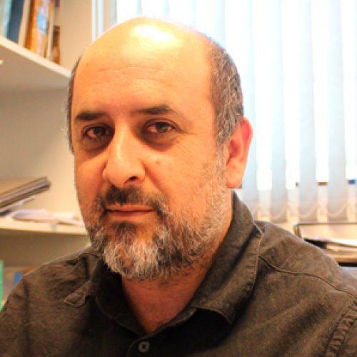 Prof. Mauricio Báez obtiene FONDEQUIP cuyo nuevo equipamiento ubicará a la Facultad en la vanguardia mundial sobre el estudio de macromoléculas biológicas y su funcionamiento en el contexto celular