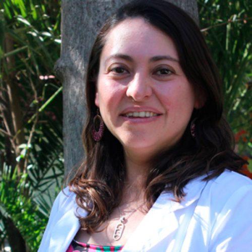 Academia de Ciencias – Profesora Valentina Parra, bioquimica, Universidad de Chile – galardonada con el Premio Excelencia Académica a Investigadora «Adelina Gutiérrez»
