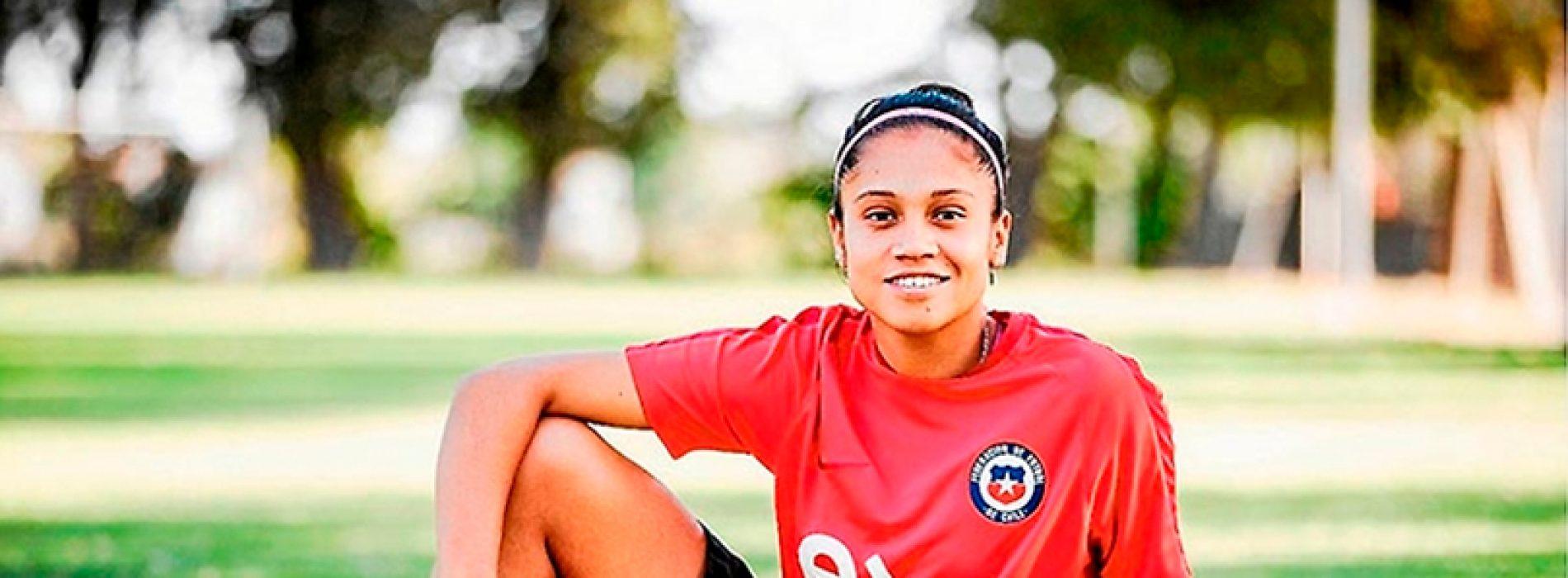 Fernanda Pinilla, la jugadora de la Roja que estudia un doctorado en la Casa de Bello