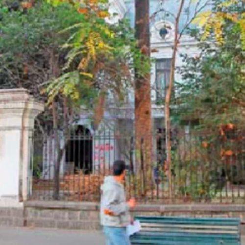 Polémica por eventual destrucción de fachada de ex Facultad de Química de la U. de Chile