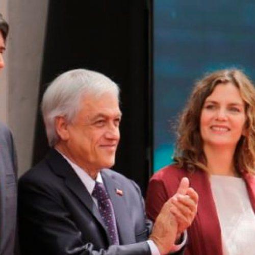 El mundo al revés y Desafíos del nuevo ministro