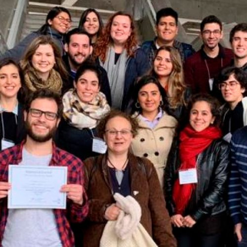 Alumno de magister en Bioquímica, Luka Robeson, ganó el mejor poster en congreso internacional de biofísica de moléculas individuales